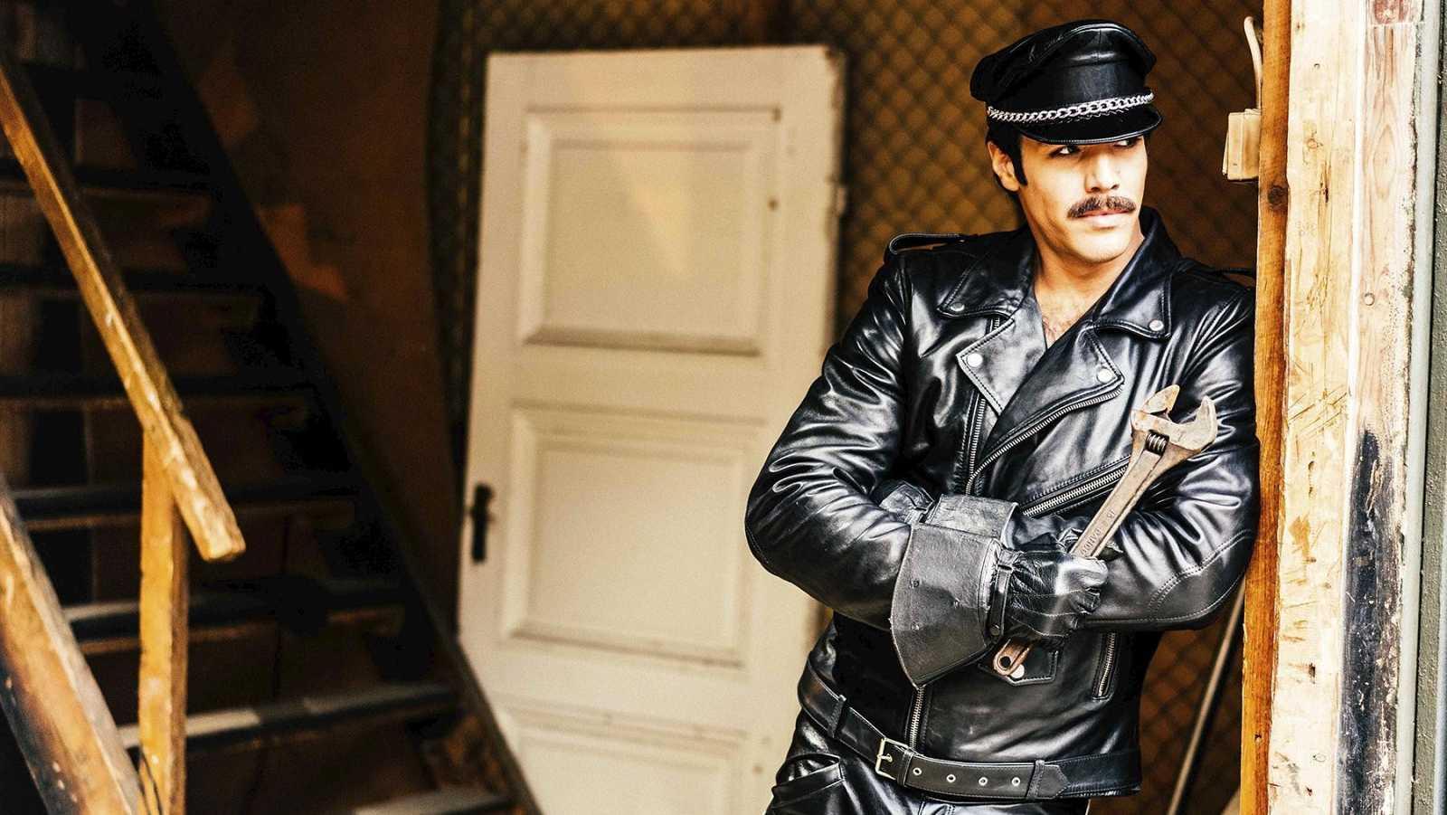 El sábado 4 de julio La 2 de TVE celebra el Día del Orgullo Gay con la película 'Tom de Finlandia'