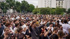 Indignación en Francia por fiestas multitudinarias en pleno desconfinamiento