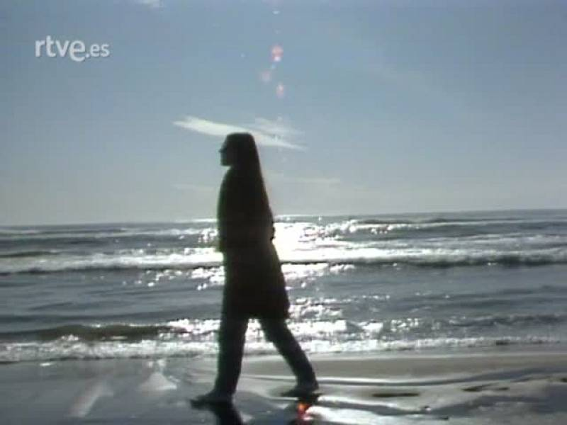 Al Bano y Romina, desde Cataluña, cantan 'Arena blanca, mar azul'