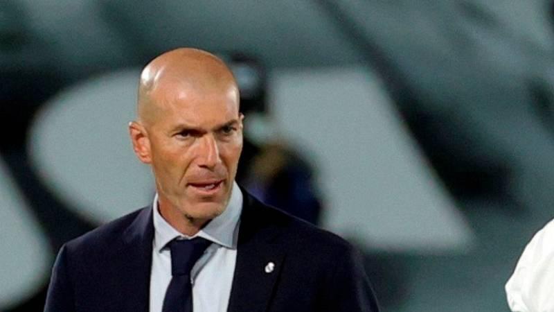 """Zidane: """"Un día son los horarios, otro los árbitros, todos los días pasa algo"""""""