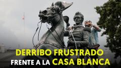 La policía evita el derribo de la estatua de un expresidente frente a la Casa Blanca
