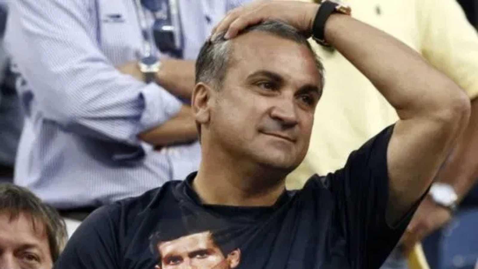 El padre de Djokovic acusa a Dimitrovic como responsable de los contagios en el torneo de su hijo