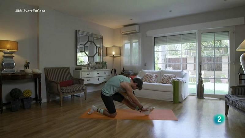 Muévete en casa - ¡Mejora la flexibilidad de glúteos y piernas!