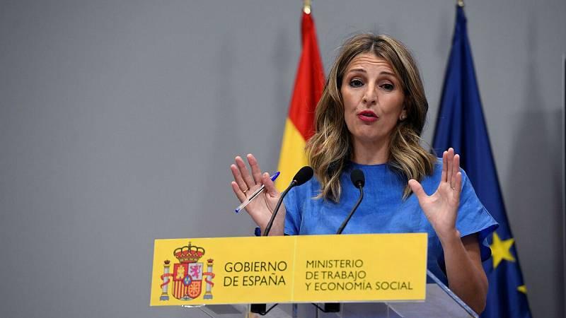 """Yolanda Díaz detalla las medidas económicas adoptadas por el Gobierno para """"preservar el empleo"""""""