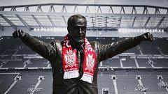 Shankly vuelve a sonreír en Liverpool tras ganar la Premier