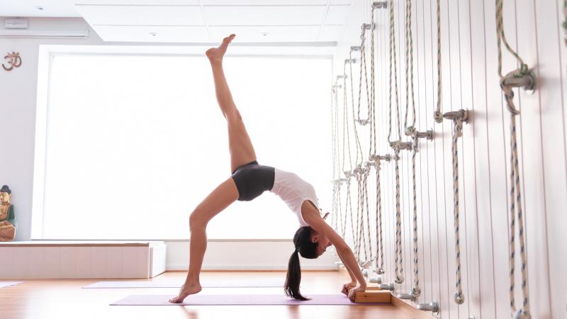 Yoga para la espalda y el abdomen