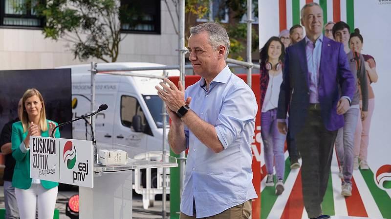 """Urkullu centra su discurso en la recuperación del País Vasco y EH-Bildu le pide no tener """"equidistancia"""" frente al """"fascismo"""""""