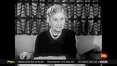 Se cumplen 140 años del nacimiento de Helen Keller, activista por las personas sordociegas