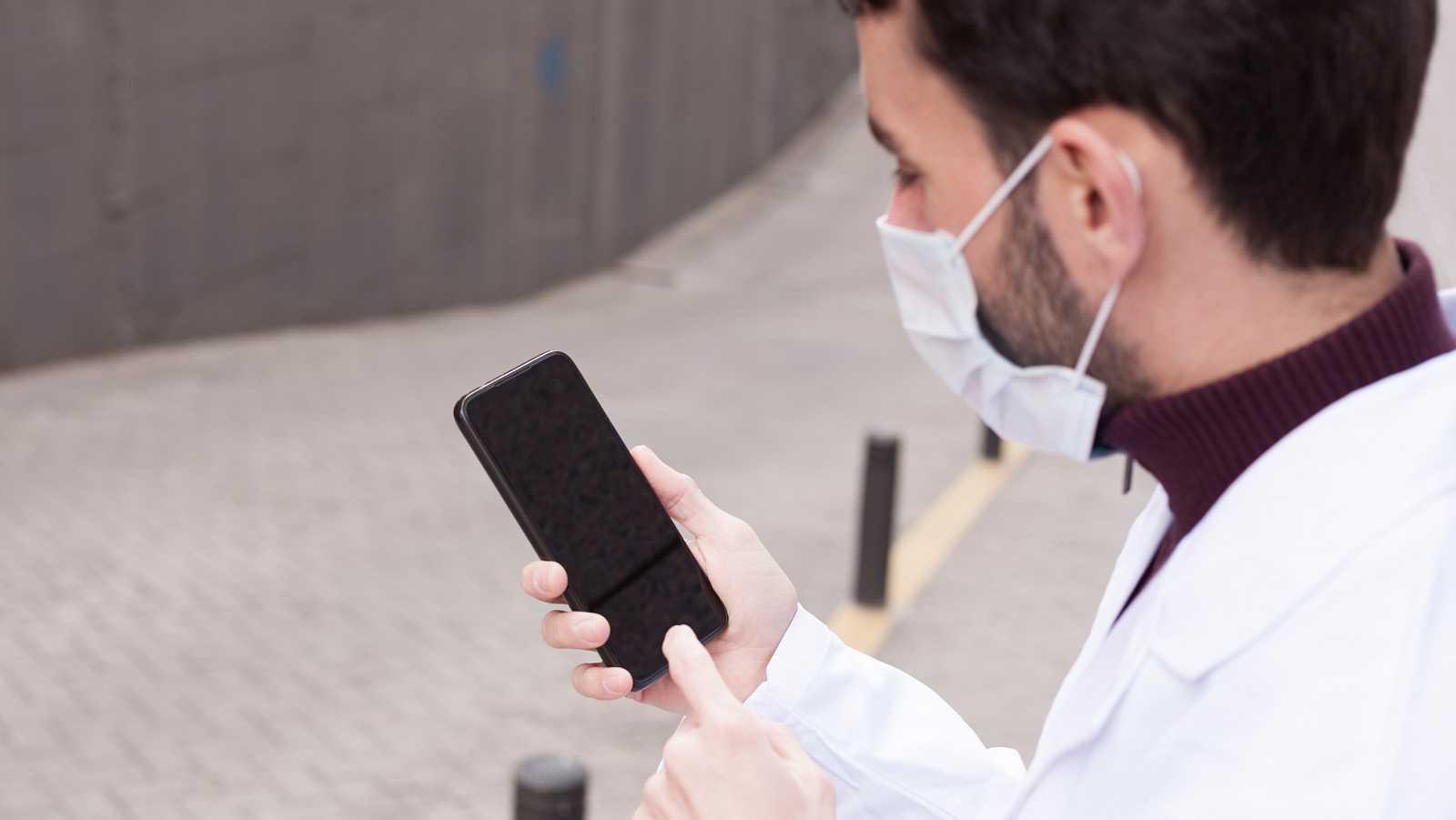 La Gomera prueba 'Radar Covid': la app española de rastreo de contagios