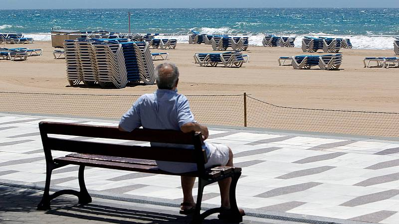 Decepción en Benidorm por la baja afluencia de turistas en el primer fin de semana sin estado de alarma