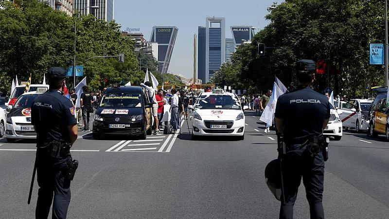 Los taxistas convocan una manifestación para adaptar la oferta a la crisis