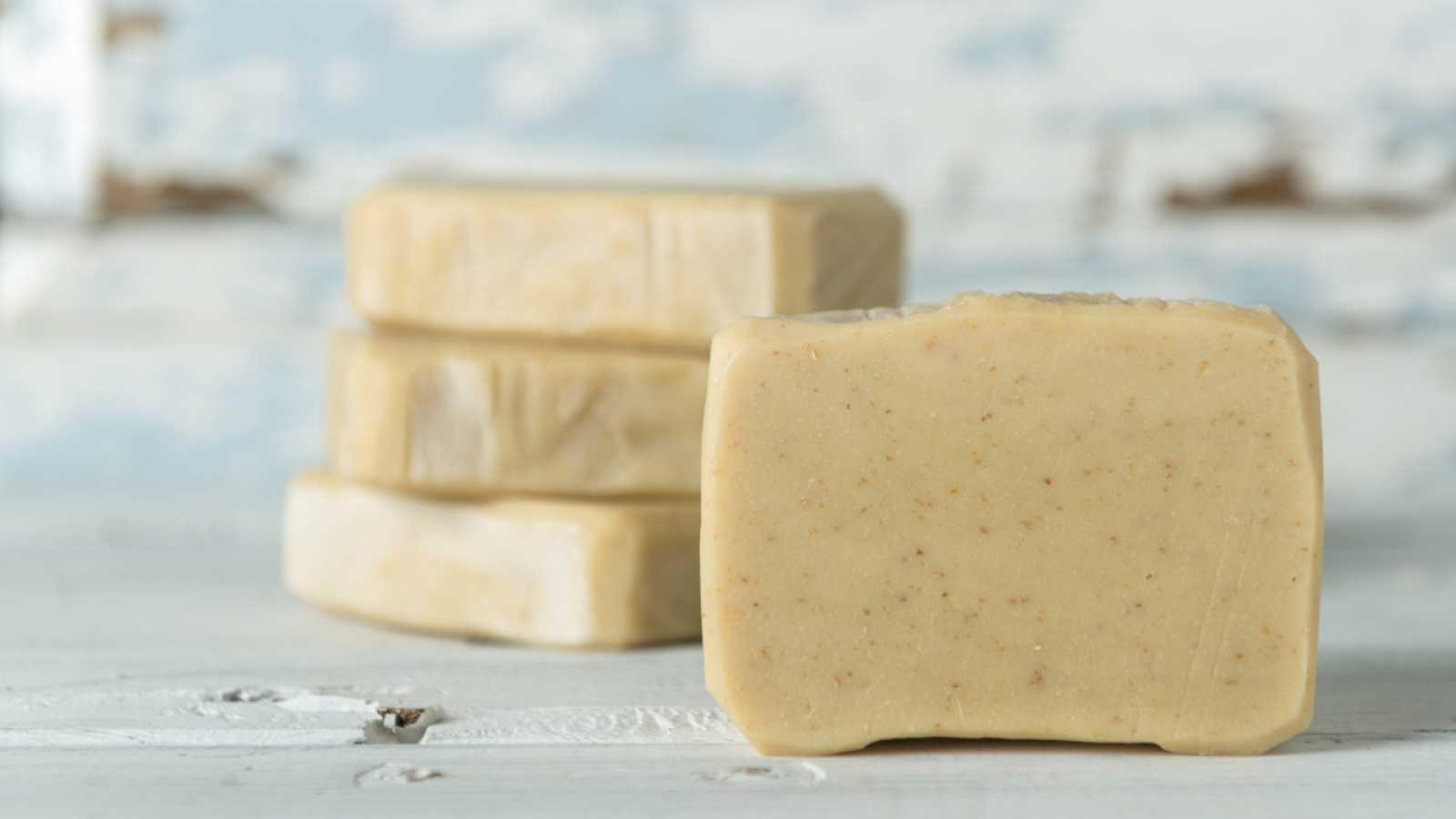 ¡Te enseñamos a preparar jabón natural!