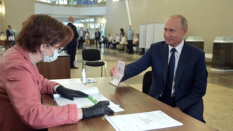 Referéndum en Rusia: el traje a medida de Putin que le permite permanecer en el poder hasta 2036