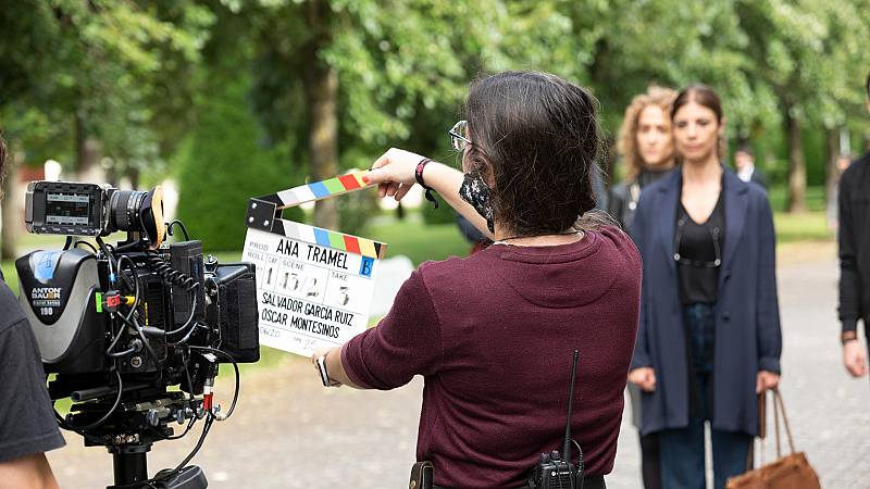Maribel verdú protagoniza la seie 'Ana Tramel. El Juego', dirigida por Gracia Querejeta y Salva García