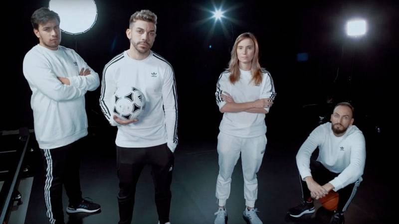 DUX rompe las barreras entre el fútbol y los videojuegos