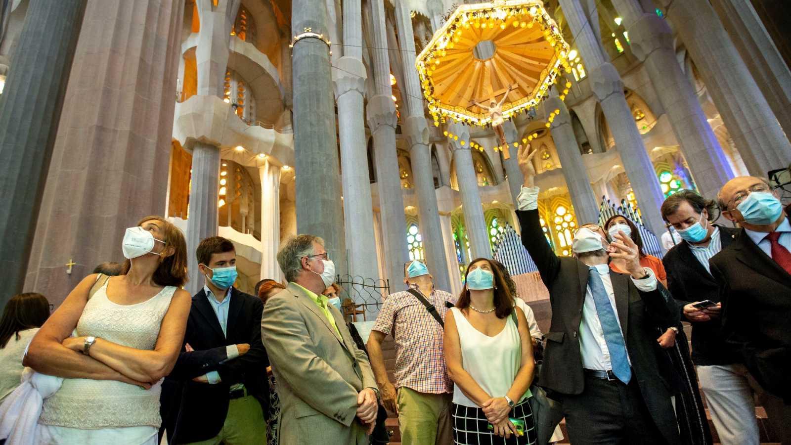 La Sagrada Familia de Barcelona reabre sus puertas para los trabajadores sanitarios