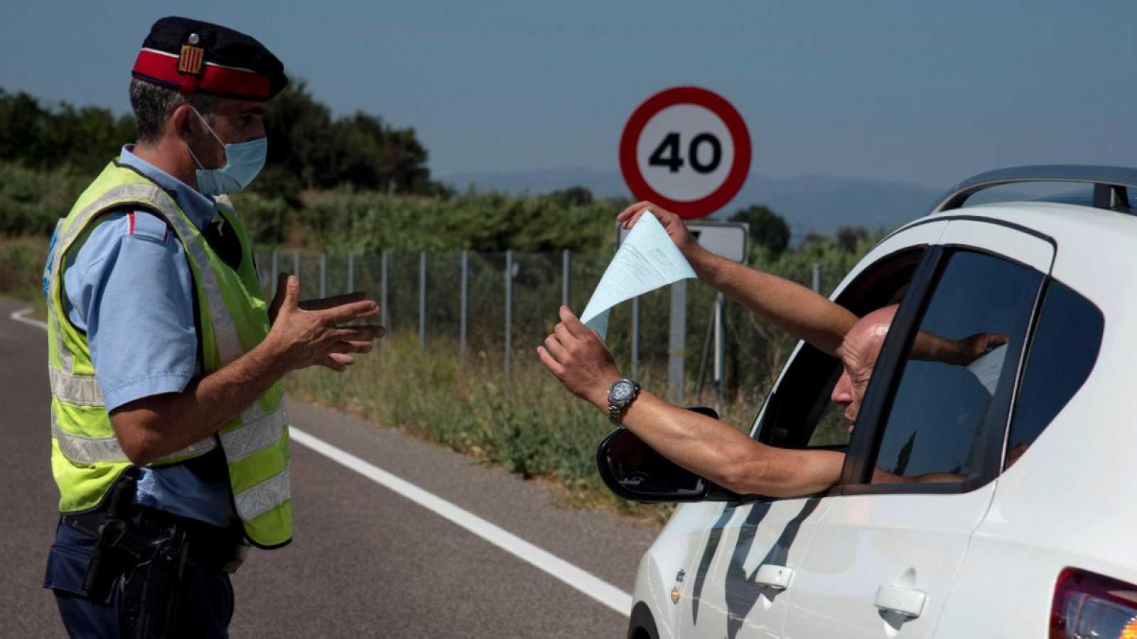 Los más de 200.000 vecinos de la comarca del Segrià pasan las primeras 24 horas de confinamiento