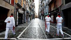 Un 7 de julio sin toros: los nostálgicos no se pierden la cita con San Fermín a pesar de la cancelación de los encierros