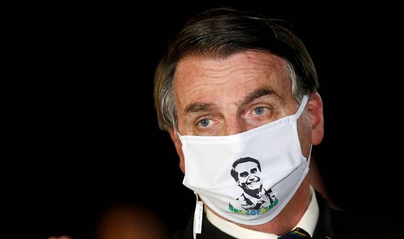 El presidente de Brasil, Jair Bolsonaro, da positivo en Covid-19