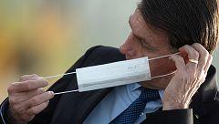 Bolsonaro será denunciado por quitarse la mascarilla ante los periodistas