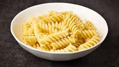Nueva receta italiana: pasta fusilli con crema de calabacín