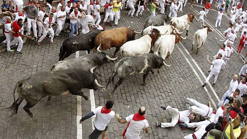 """""""Corriendo hacia el 2021"""": Un toro de la ganadería de Torrestrella mata a un joven norteamericano en 1995"""