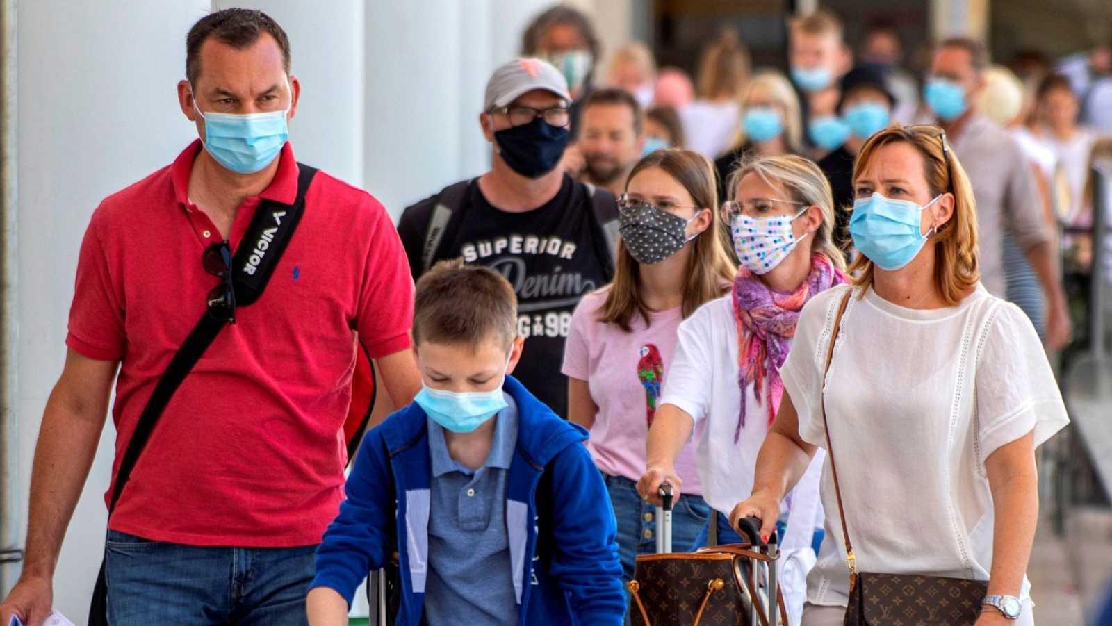Baleares obligará al uso permanente de mascarillas | RTVE