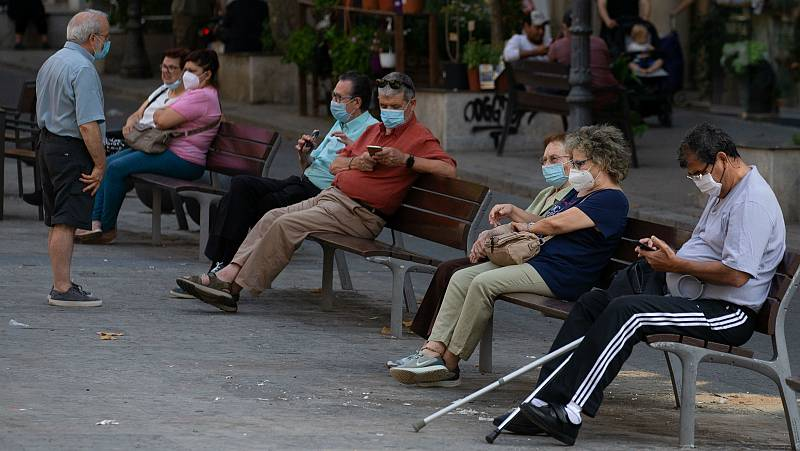Científicos y epidemiólogos ven con preocupación el aumento de brotes de coronavirus