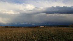 Tormentas fuertes en Pirineos y ascenso térmico en el suroeste peninsular