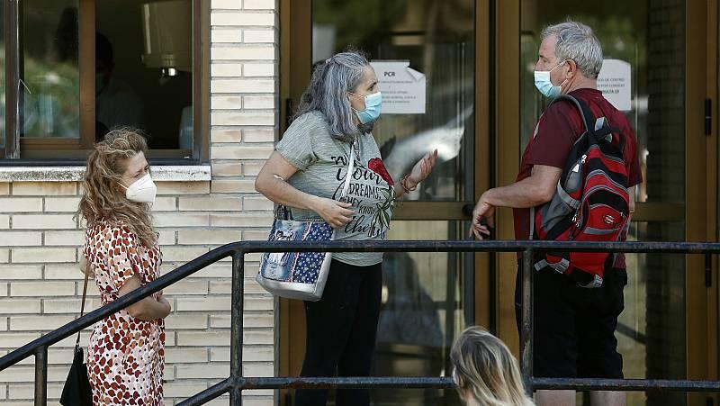España registra más de 70 brotes activos de coronavirus