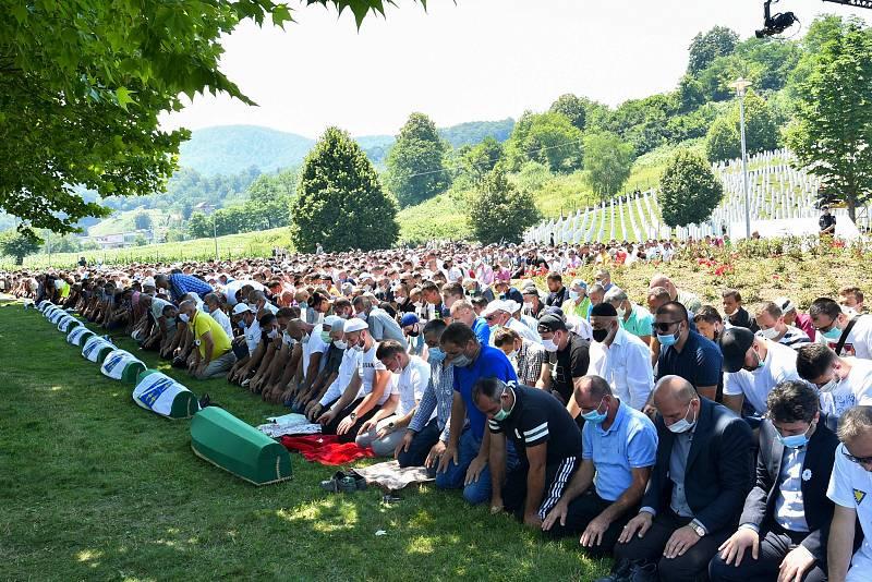 Homenaje a las víctimas de Srebrenica por el 25 aniversario de la masacre