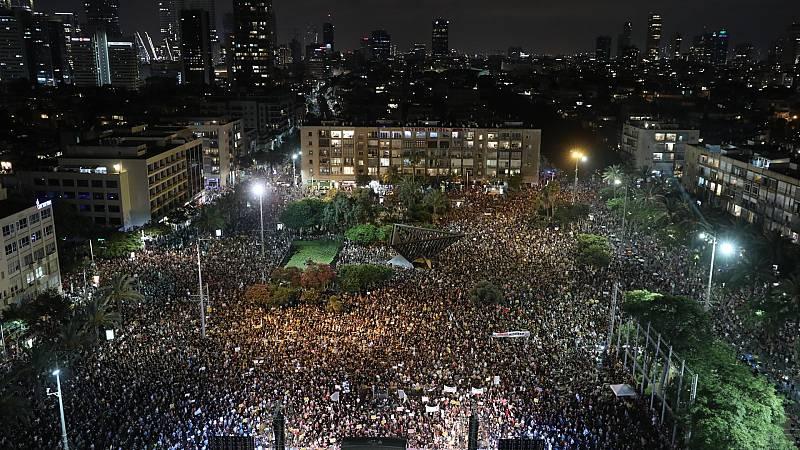Estudiantes, trabajadores y autónomos se manifiestan en Israel para exigir al Gobierno más apoyo económico durante la pandemia