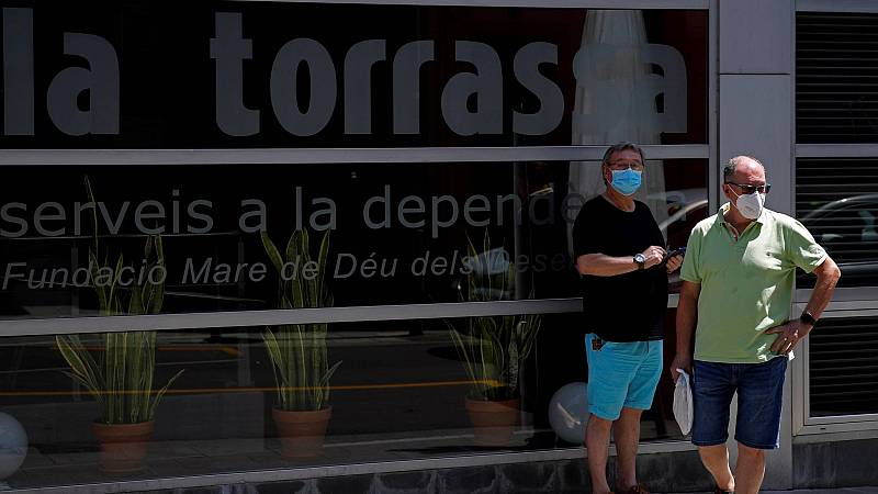 Los brotes impulsan en Cataluña un nuevo pico de contagios con 816 infectados, la cifra más alta desde mediados de mayo