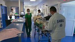 Francia sube el sueldo a sus sanitarios