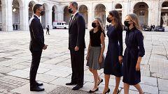 Los reyes llegan acompañados por sus hijas al acto del Homenaje de Estado a las víctimas de la Covid-19