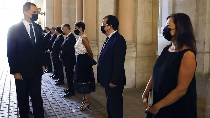 Respaldos y ataques a la Casa Real por los negocios del rey emérito