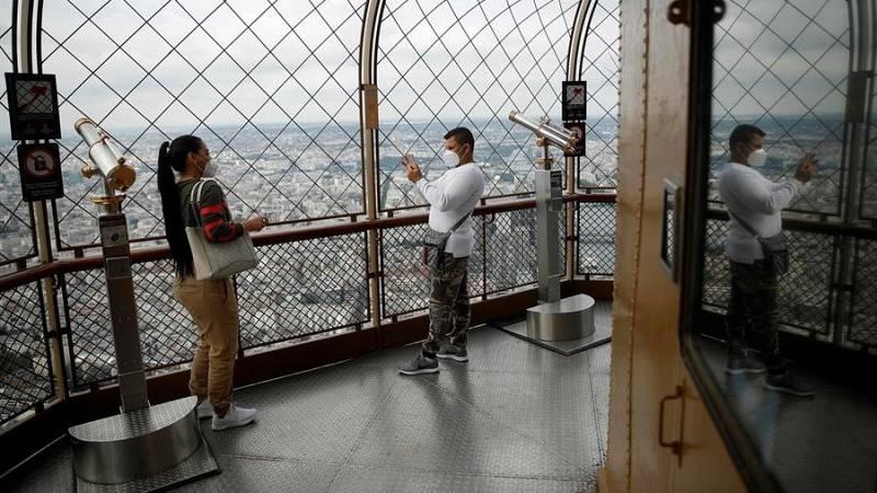 Francia adelanta el uso obligatorio de la mascarilla por un repunte de casos
