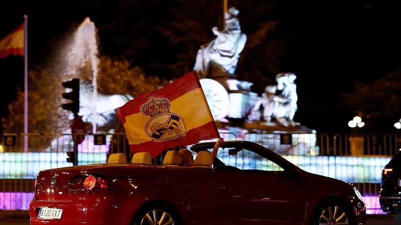 Cibeles celebra en solitario, de manera resposable la Liga madridista