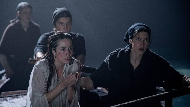RTVE.es os ofrece un clip exclusivo de 'La isla de lsa mentiras', un thriller sobre el 'Titanic' de Sálvora y sus heroínas