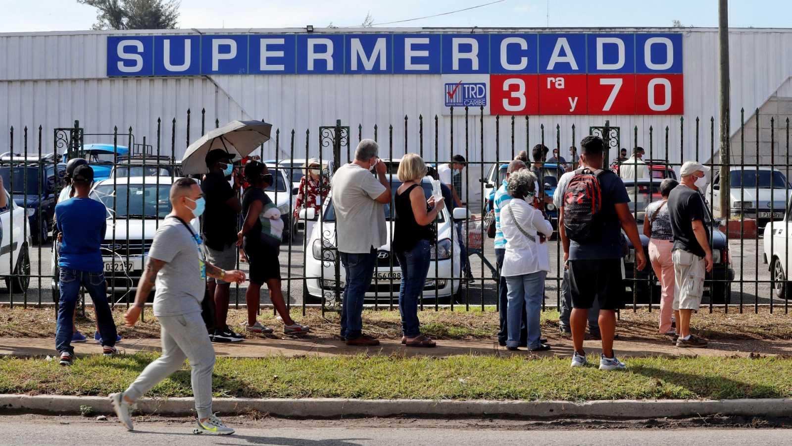 Cuba abre los supermecados con pago en divisas