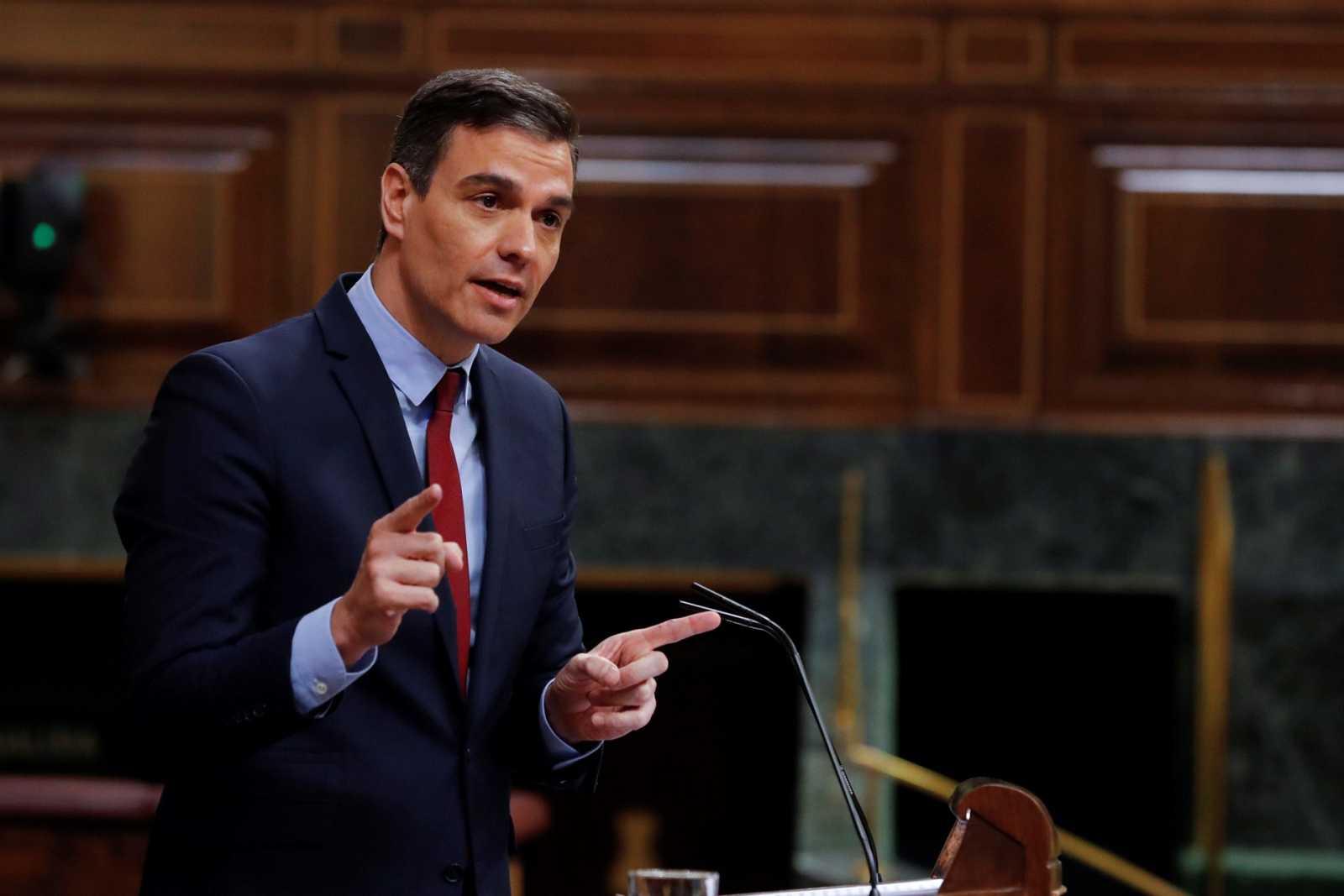 """Sánchez afea a Casado su """"aportación inexistente"""" a las negociaciones de España en el Consejo Europeo"""