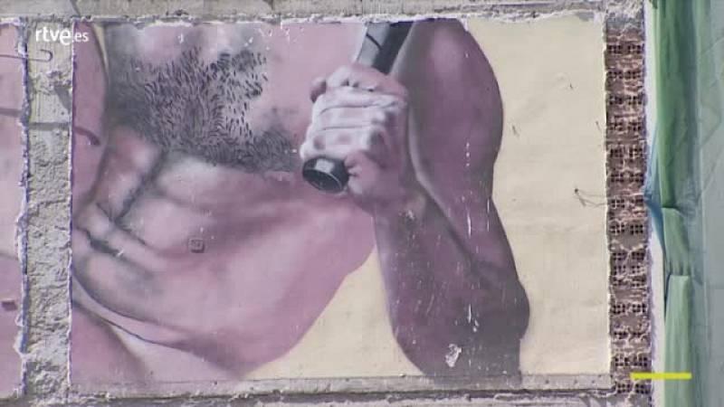 Un graffiti al descubierto tras un derribo en Pamplona