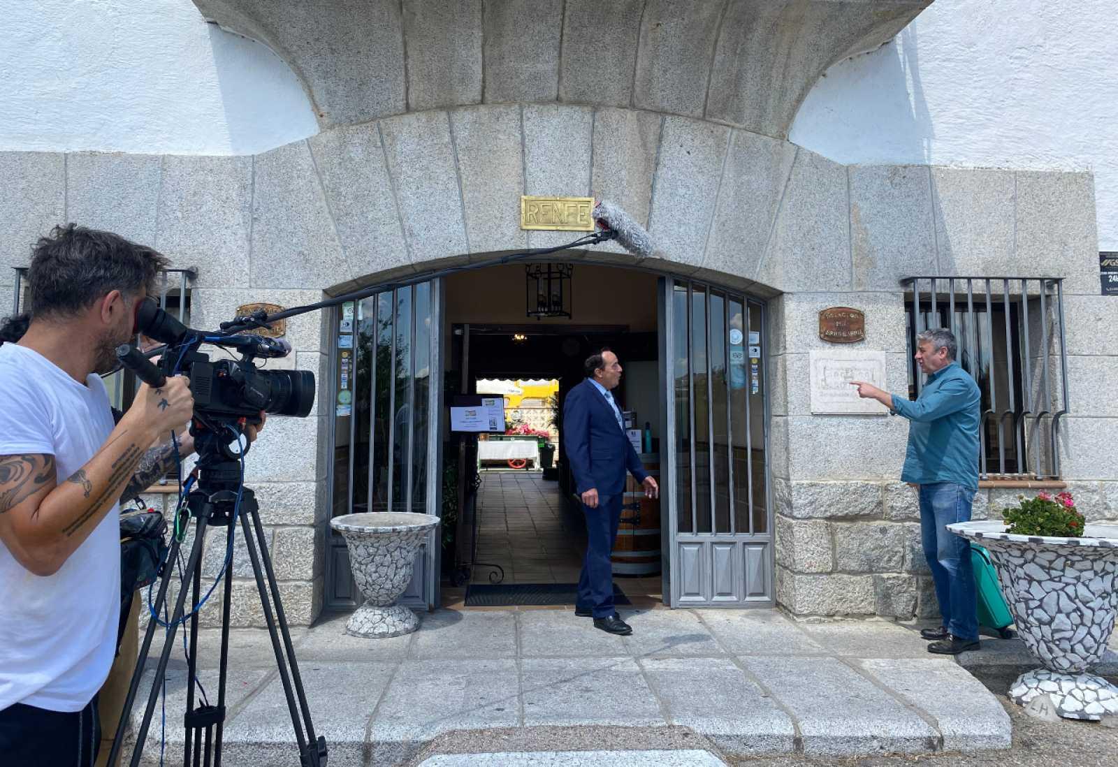 De Burgos a Lanzarote en tren y una estación de ferrocarril convertida en restaurante
