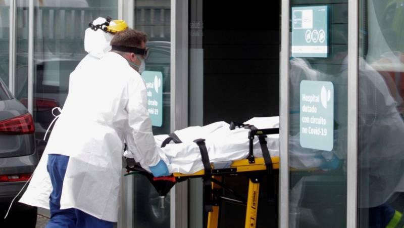 Trasladan al hospital a uno de los jugadores contagiados de coronavirus del Fuenlabrada