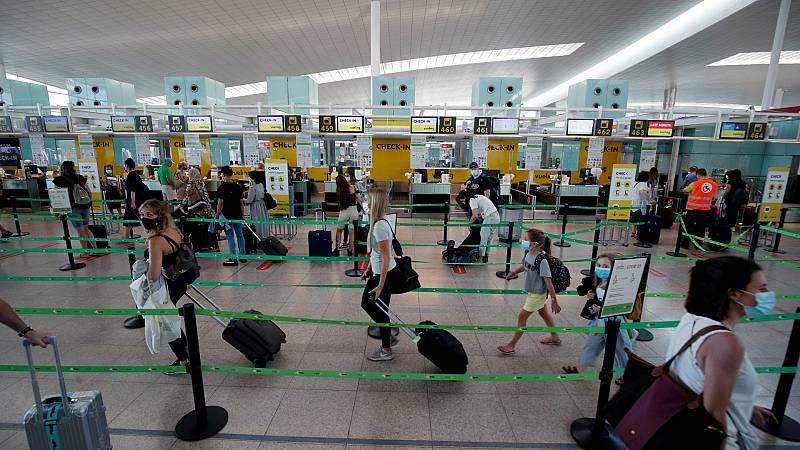 """La imposición de cuarentena por el Reino Unido, un """"mazazo"""" para el turismo"""