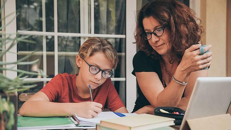 Mujer y Talento: un nuevo programa para reincorporar al mercado laboral a profesionales  que dejaron su trabajo para cuidar a sus hijos.
