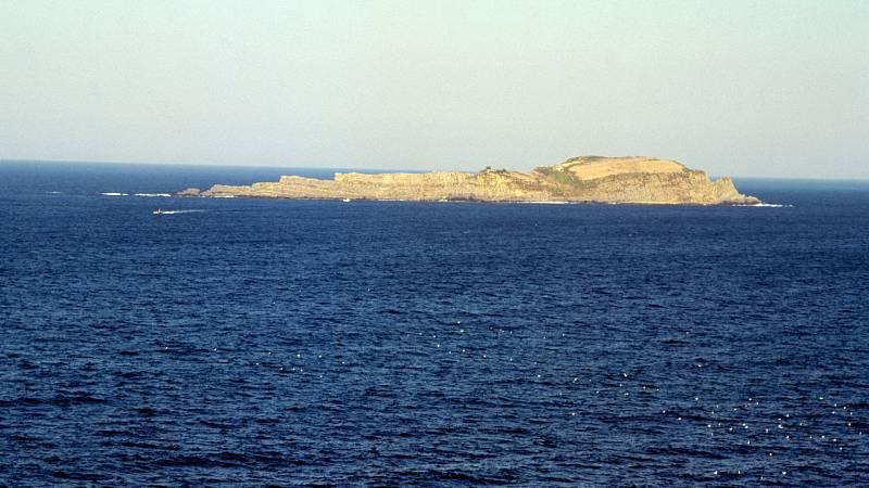España Directo - ¡Visitamos la Isla de Ízaro desde la costa vasca con La Ventu!