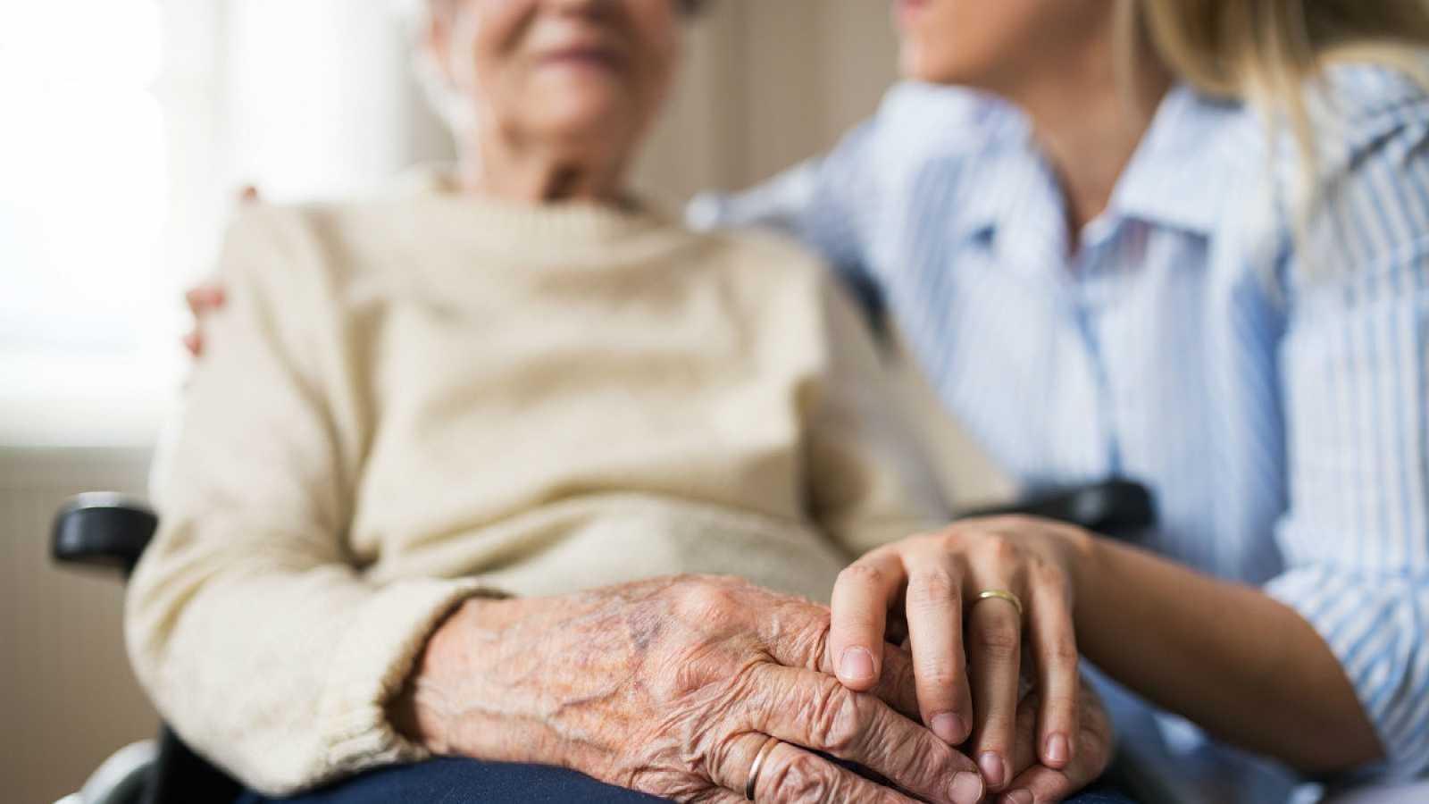 Aumentan los brotes de coronavirus en las residencias de ancianos