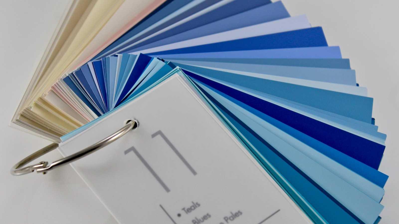 Classic Blue: cómo se elige el color del año