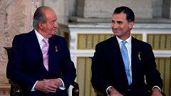"""Juan Carlos I abandona España ante la """"repercusión pública"""" de la investigación de sus finanzas"""